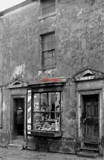PHOTO  1972 SHOP IN GEORGE STREET WALSALL STAFFORDSHIRE  GEORGE STREET JUST OFF