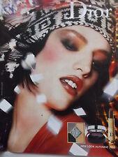 publicité Maquillage NEW LOOK AUTOMNE 2002   de CHRISTIAN DIOR -  ref. 4016