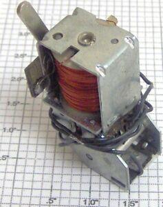 Lionel 100-8X Rebuilt 3 Postion E-Unit w/Long Lever