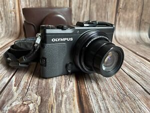 "Olympus Stylus XZ-2 Compact Digital Camera + Leather Case ""Excellent Condition"""