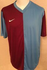 Nike V Neck Regular Fit Casual Shirts & Tops for Men