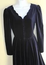 LAURA ASHLEY-Sz 8 - vtg 80s 90s-Navy VELVET Victorian Fitted Flowing Full Dress