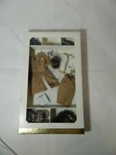 BARBIE® COLLEZIONE FASHION MODEL COLLECTION SPOTTED SHOPPING GOLD LABEL G8073