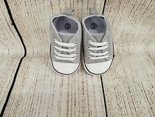 BRAND NEW UNISEX BABY'S LIGHT GRAY CANVAS SNEAKERS/WALKERS SIZE 3