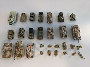 Micro Machines - Desert Camo Military Lot - Tanks, Civilian and Soldiers - 29 pc
