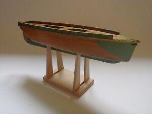 JOUET ANCIEN BATEAU VOILIER CANOT DE BASSIN EN BOIS VERS 1950