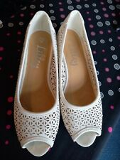 ● Zapatos Blancos (peep Toe) Talla 6 ●