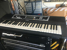 Yamaha YPT210 61 Full-Sized Key Keyboard w/ 375 Tones, w/ AC Adapter