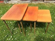 Vintage rétro nid de trois tables gigognes side tables vintage années 60 superbe