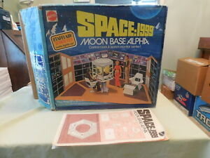 Orig. Mattel Space 1999 Moon Base Alpha Play Set Box w/ Original Instructions