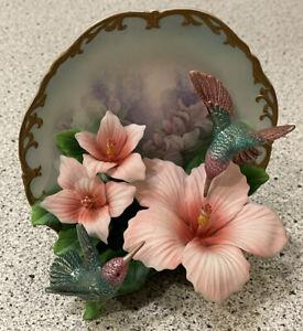 BRADFORD EXCHANGE Treasures of the Garden Delicate Radiance 3D Hummingbird PLATE