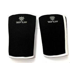 Tenum Weight lifting elbow support One Size