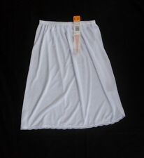 Shadowline 100% Nylon White Half Slip Size Large Length 24""