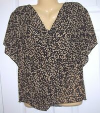 New . You Women Top XXL  Pull Over  Bat Wing Sleeves Black and Beige # 433