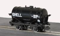 Peco NR-P160 N Gauge Petrol Tank Wagon Shell/BP