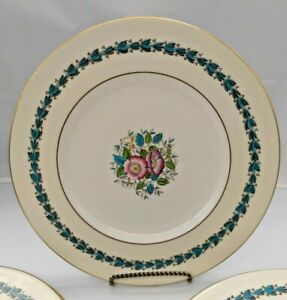 "Wedgwood Diiner Plate 10.5"" Westland Pattern Gorgeous (8 available)"