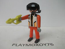 PLAYMOBIL. TIENDA PLAYMOXOY76.  FIGURA DE FUTURE PLANET.