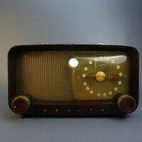 Vintage Zenith Bakelite AM Tube type radio S14976 table top model
