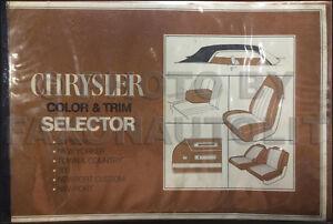 1971 Chrysler Color and Upholstery Dealer Album Imperial Newport New Yorker 300