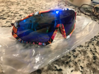 NEW Unisex Multi-color Cycling Sunglasses with 5 lenses by KAPVOE TR90