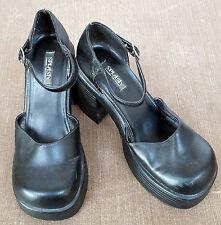 Women Vintage Round Toe Platform Ankle Strap Block Heel Pump Shoes.  Black.