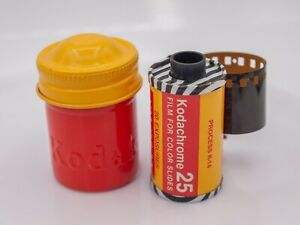 Cool 1960's - Zebra Kodak Kodachrome 25 20exp 35mm Color Slide Film w/ Canister