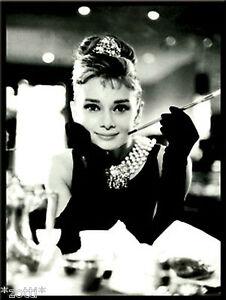 Nostalgic Art Aimant Audrey Hepburn Avec Cigarette Petit-Déjeuner Tiffany