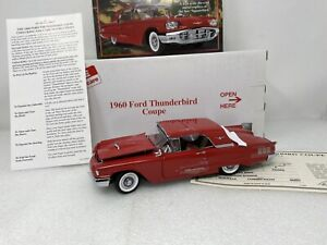 1/24 Danbury Mint 1960 Ford Thunderbird Coupe Red DEFECT READ ME