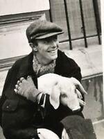 David Bowie Exclusive Photo print David with Pig