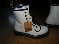 Dr Martens White Smooth Leather Boots *Size 4 UK* BNIB  *UNISEX* RRP £130