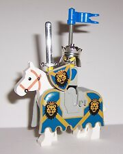 LEGO King Leo Minifigure with Sword Shield Flag and Barded Horse Lego Castle