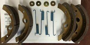 For 1989-1994 UD 2000 Brake Shoe Set Rear Centric 53588SP 1990 1991 1992 1993