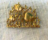 wVintage Jonette Jewelry Gold Tone Pin/Brooch~Fish Swimming~Signed JJ