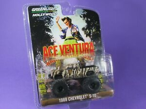 GREENLIGHT (1:64) 1989, CHEVROLET S-10 TRUCK, ACE VENTURA, Hollywood Series 32