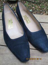 c75491b4c2bd SALVATORE FERRAGAMO Womens Navy Blue Suede Classic Low Heel Pumps Shoes 9 M  EUC