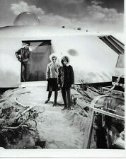 Lost In Space Don, Judy & Maureen Outside The Jupiter 2 8X10 Photo