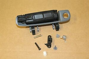 Audi RS4 RS6 A8 A6 Right Outer Door Handle 4B2837208 New genuine Audi part