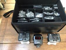 Nikon R1C1 Close Up Speedlight Flash 2 x SB R200 with Commander SU-800 Kit (UK)