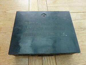 WW2 ERA ORIGINAL BRITISH ARMY METAL FIRST AID BOX ARMOURED VEHICLES EMPTY