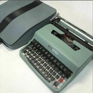 OLIVETTI LETTERA 32 TYPEWRITER MADE IN SPAIN ANTIQUE FROM JAPAN