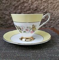 Vintage Elizabethan Fine Bone China England Tea Cup Saucer Yellow Gold #1946