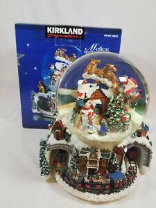 Kirkland Signature 109619 Musical Waterglobe w Revolving Base Here Comes Santa
