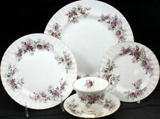 Royal Albert LAVENDER ROSE 5 Piece Place Setting Bone China A+ CONDITION