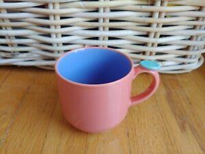 Lindt Stymeist Colorways Dot Mug: salmon/periwinkle blue, thumb rest, Japan