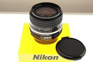 Nikon Nikkor 28mm f/3.5 Ai wide angle lens. EXC++ condition. Legendary optics!