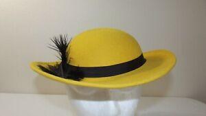 Vintage Bollman Doeskin Felt 100% Wool HAT - Yellow w/Black Feathers USA