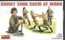 MiniArt Soviet Tank Crew at Work 1/35, 5 Figures 35 017  ST