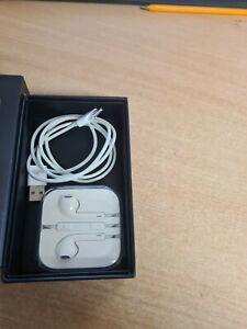 Apple iPod Classic 6Th generation black 80gb