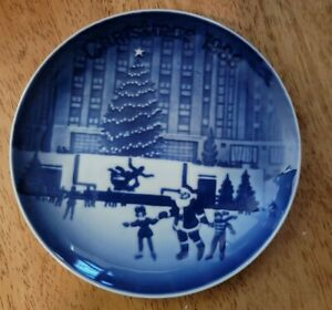 Bing and Grondahl Christmas in America Plates 1988 new in original box