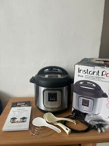Instant Pot Duo 7-in-1 Electric Pressure Cooker - USED